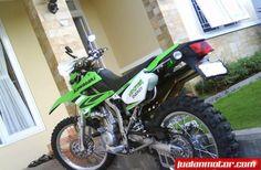 Dijual Kawasaki - DTRACKER 250CC (2010) masih mulus nih bro jadi nego dikit ya    http://www.jualanmotor.com/Iklan/Detail/3956/motor-dijual-kawasaki-dtracker-250cc-2010-medan.html   #jualanmotor   #jual   #motor   #harga   #murah   #cash #medan   #indonesia