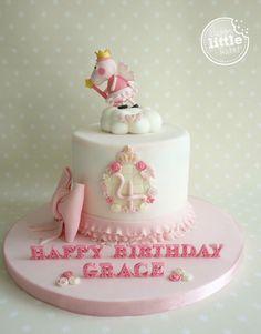 Princess/fairy Peppa Pig birthday cake.