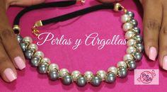 Como hacer un Collar de Perlas y Argollas Materiales: 18 Perlas oscuras No 10 17 Perlas Claras No 10 2 Tiras de cuero gamuza (15cm) 2 Tiras de Cabo de azo (3...