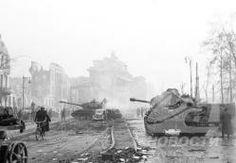 1945  - II GM- Batalla de Berlin. La caída de Berlín, el 2 de mayo de 1945, significó el último y crucial capítulo de la Segunda Guerra Mundial en Europa