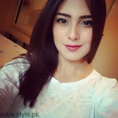 Iqra Aziz Profile, Pictures and Dramas (5)