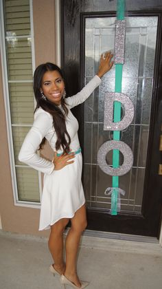 DIY Tiffany & Co inspired I DO door hanger