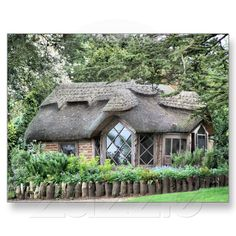 Thatched English cottage. Where do you find the craftsmen when you have to re-thatch?