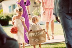Ceremony signage  | photo by Justin Lee | 100 Layer Cake Here Comes Mommy Daughter Sweet Holding Hands Cute Moment Signage Handwriting
