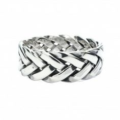 A lovely woven silver ring. Silver Jewelry, Silver Rings, Thumb Rings, Wedding Rings, Pendants, Engagement Rings, Bracelets, Earrings, Beautiful