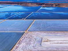 """Dampier salt flats in the Pilbara, WA. In the Pilbara, you feel a """"sense of being nowhere and somewhere at the same time,"""" says photographer Les Walkling."""