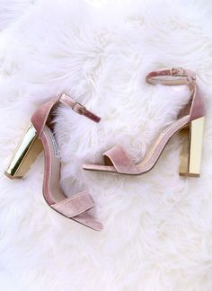 Upgrade your look with the Steve Madden Carrsonv Pink Velvet Ankle Strap Heels! Soft velvet single sole heels have an ankle strap, and gold mirrored heel. Zapatos Shoes, Shoes Heels, Sandal Heels, Suede Sandals, Pink Sandals, Prom Shoes, Shoes Sneakers, Cute Shoes, Me Too Shoes