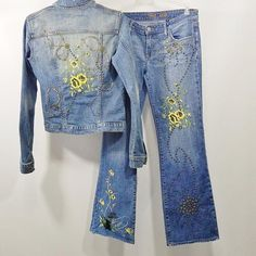 Streets Ahead USA Denim Rad Hipster Jeans Outfit Embroidery Studs Rhinestone Womens Streetwear Fashion - Denim Jeans Suit Streets Ahead , Style # ST 3609, Made in USA This Hipster 2 Piece Outfit Set Has It All Floral Embroidery, Studded Accents and A Bit of Rhinestone Bling! Jacket