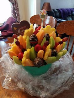 My most amazing husband surprised me with a delicious Edible Arrangement for Mothers Day. Thank you Robert Moran Sr.. I love you! ❤