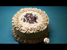 RELLENOS PARA TORTAS ¡Las mejores ideas! para cobrir y rellenar tus tortas. Rellenos para tortas básicos y todas las variantes de rellenos para tortas. Fondant Icing, Cake Cover, Cake Shop, Cupcakes, Mocha, Ale, Lemon, Birthday Cake, Sweet