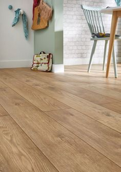 sol stratifi quick step classic ch ne nature saint maclou parquet pinterest saint. Black Bedroom Furniture Sets. Home Design Ideas