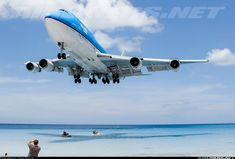 KLM Boeing (PH-BFH) - Delivered - on finals to Princess Julianna International Airport, St Maarten Commercial Plane, Commercial Aircraft, Airplane Drone, Boeing 747 400, Jumbo Jet, Airbus A380, Aircraft Pictures, Cool Places To Visit, Cool Photos