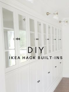 This genius Ikea hack adds loads of storage space - DIY Ikea built-in . - Ikea DIY - The best IKEA hacks all in one place Hacks Ikea, Diy Hacks, Billy Ikea, Ikea Built In, Built In Buffet, Built In Bookcase, Ikea Billy Bookcase Hack, Ikea Bookcase With Doors, Built In Wall Shelves