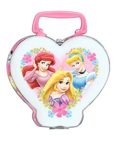 Little fairy tale fans love having lunch with princesses. Featuring an array of Disney favorites, this magical lunchbox boasts a sweet heart shape and sturdy construction for years of use. The pink plastic handles ensure easy carrying, while the metal clasp keeps contents safe.