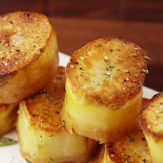So good they melt in your mouth. The post Fondant Potatoes appeared first on Food Monster. Vegetable Recipes, Vegetarian Recipes, Cooking Recipes, Easy Cooking, Easy Recipes, Best Potato Recipes, Cooking Fish, Seafood Recipes, Soup Recipes