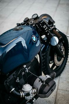 bmw scrambler r nine t ; bmw scrambler r nine t custom ; Bmw Cafe Racer, Gs 500 Cafe Racer, Custom Cafe Racer, Cafe Racer Motorcycle, Motorcycle Gear, Virago Cafe Racer, Motorcycle Cover, Blue Motorcycle, Cafe Racer Helmet