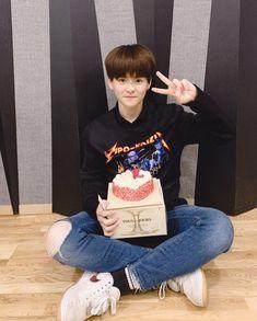 Debut Photoshoot, Hyun Suk, Treasure Boxes, Yg Entertainment, Kpop Boy, Boyfriend Material, K Idols, Pretty People, Cute Kids