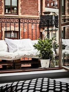 5 Keys to a Nordic Balcony - Best Decoration Models 2019 Flat Interior, Home Interior, Scandinavian Interior, Design Interior, Outdoor Sofa, Outdoor Spaces, Outdoor Living, Outdoor Decor, Decorating Blogs