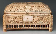 Fildişi Mücevher kutu 11.-12. yy Fatımi dönemi