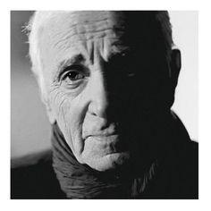 Charles Aznavour a beau avoir 91 ans(1924), il ne tient pas à prendre sa retraite. 4 ans après son dernier opus, Aznavour Toujours , il est revenu le 04 mai dernier avec un nouvel album, Encore . C'est l'occasion pour lui d'apporter une sorte de témoignage,...