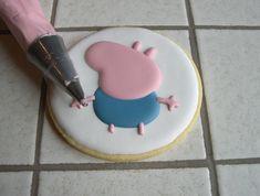 """Biscotti Peppa Pig """"George"""" Peppa Pug, Peppa Pig Birthday Cake, Goodies, Calendar, Sweet Like Candy, Gummi Candy, Sweets"""