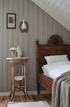 Farmhouse bedroom home decor Interior Decorating, Interior Design, Vintage Interiors, Beautiful Bedrooms, Home Accents, Interior Inspiration, Furniture Design, Sweet Home, New Homes