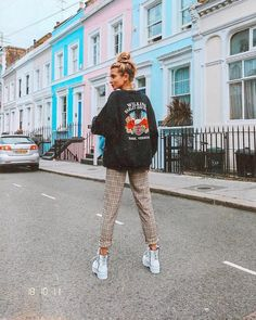"Olivia Frost on Instagram: ""My happy place 🌈🌈 Still summer in London.. kindaaaa @nubikkofficial"""
