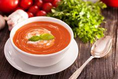 Köstliche Tomatensuppe #yummy #sogood #nom #veggy #healthy #onion #tomato #basil #salt #pepper #rotd #soup #italy