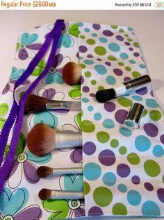 Christmas Sale Makeup Brush Roll Organizer, Cosmetic Essentials,Travel Makeup Storage, Crayon Storage, Doodle Flower Makeup Brush Roll