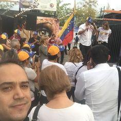 #venezuela #26todosalacalle aquí estamos apoyando desde la distancia. Lejos pero no ausente.
