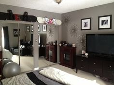 """Behr Gray Paint for Bedroom . Behr Gray Paint for Bedroom . Flannel Gray"""" Paint Colour by Behr Grey Bedroom Paint, Gray Bedroom Walls, Silver Bedroom, Bedroom Wall Colors, Home Bedroom, Modern Bedroom, Bedroom Decor, Bedroom Ideas, Gray Paint"""