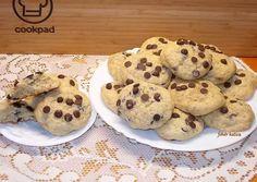 Banános keksz csokoládécseppel | Fehér Katica receptje - Cookpad receptek Cookies, Food, Crack Crackers, Biscuits, Essen, Meals, Cookie Recipes, Yemek, Cookie