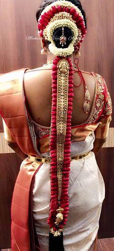 Bridal Hairstyle Indian Wedding, Indian Wedding Hairstyles, Indian Wedding Jewelry, Bride Hairstyles, Bridal Beauty, Bridal Makeup, Flowers In Hair, Fresh Flowers, Bridal Braids