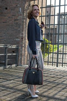 Margaret Dallospedale, Fashion blogger, Striped Trousers and blue shirt #kissmylook