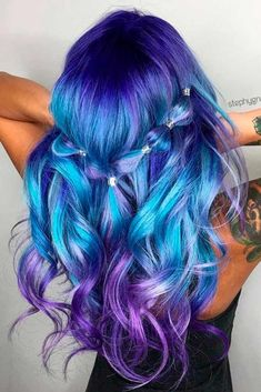 21 Trendy Styles For Blue Ombre Hair in 2018 Bright hair color Damen Haare Pretty Hair Color, Hair Color Blue, Blue Purple Hair, Blue Hair Streaks, Dyed Hair Blue, Beautiful Hair Color, Purple Sky, Blue Green, Bright Hair Colors