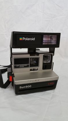 Polaroid Sun 600 LMS camera Polaroid Camera, Tumblr Polaroid, Shadowrun, Best Camera, Photo Booth, Cool Photos, Polaroids, Photography, Polaroid