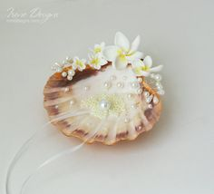 Beach ring bearer seashell. Beach wedding ring by IrenDesigns