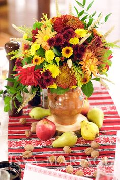 Table Decorations, Weeding, Diana, Furniture, Home Decor, Grass, Decoration Home, Weed Control, Room Decor