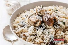 Can be made dairy and gluten free! Serve it by itself on a busy night or as a side dish. This Crockpot Mushroom Risotto Recipe is perfect! Crock Pot Recipes, Wing Recipes, Slow Cooker Recipes, Cooking Recipes, Crockpot Meals, Free Recipes, Wild Mushroom Risotto Recipe, Crockpot Mushrooms, Slow Cooking