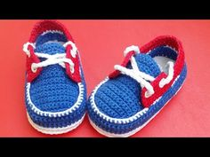 vans tipo cholita a crochet -3 a 6 meses - YouTube Todo A Crochet, Crochet Bebe, Crochet For Kids, Crochet Baby Boots, Crochet Toys, Free Crochet, Fox Scarf, Baby Booties, Baby Shoes