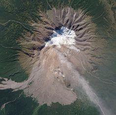 NASA . volcano
