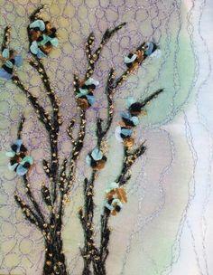 www.solveigchristiansen.dk Frit maskinbroderi på silkemalet baggrund, Grene udført i mohair og guld med dekoration af silke og chiffon