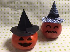 Origami Witch's hat Origami Witch, Origami Halloween, Halloween Ideas, Hat, Chip Hat, Hats, Halloween Prop, Hipster Hat