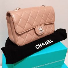 11d52087ac88 Auth Chanel penalized pink mini flap Crossbody Bag Authentic chanel mini  flap. Lovely pearlized blush