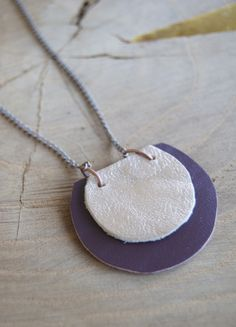 Very simple leather necklace tutorial (ok, kind of tutorial)