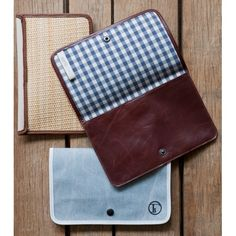 Adirondack Clutch by Lyndsey Hamilton for Fleabags. Natural Canvas & Bourbon Leather