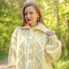 Wool Cardigan, Cable Knit Sweaters, Hand Knitting, Knitwear, Cardigans, Turtle Neck, Boutique, Handmade, Fashion