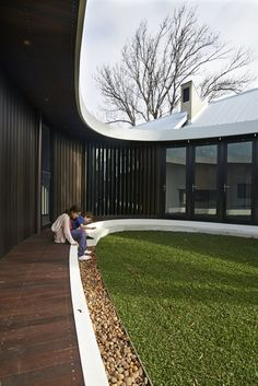 Perth's secret garden: the Subiaco Oval Courtyard by Luigi Rosselli Architects | Architecture And Design