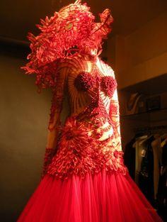 vitrine jean paul gaultier haute couture1