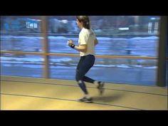 Elixir - Juoksu - Tekniikkavirhe: Kyntäminen. Juoksuasennon on oltava ryhdikäs. This mistake in running is typical for middle-aged men.